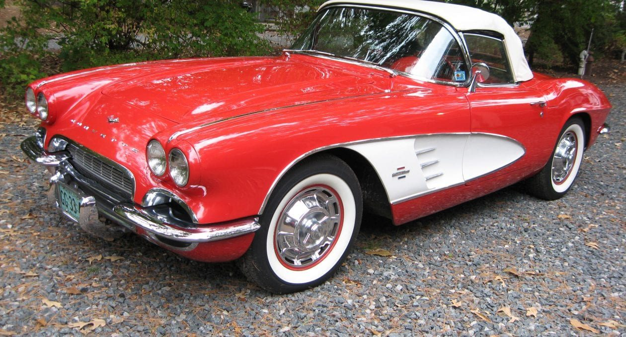 `61 Chevrolet Corvette: I Wouldn't Mind Having it in My Garage!